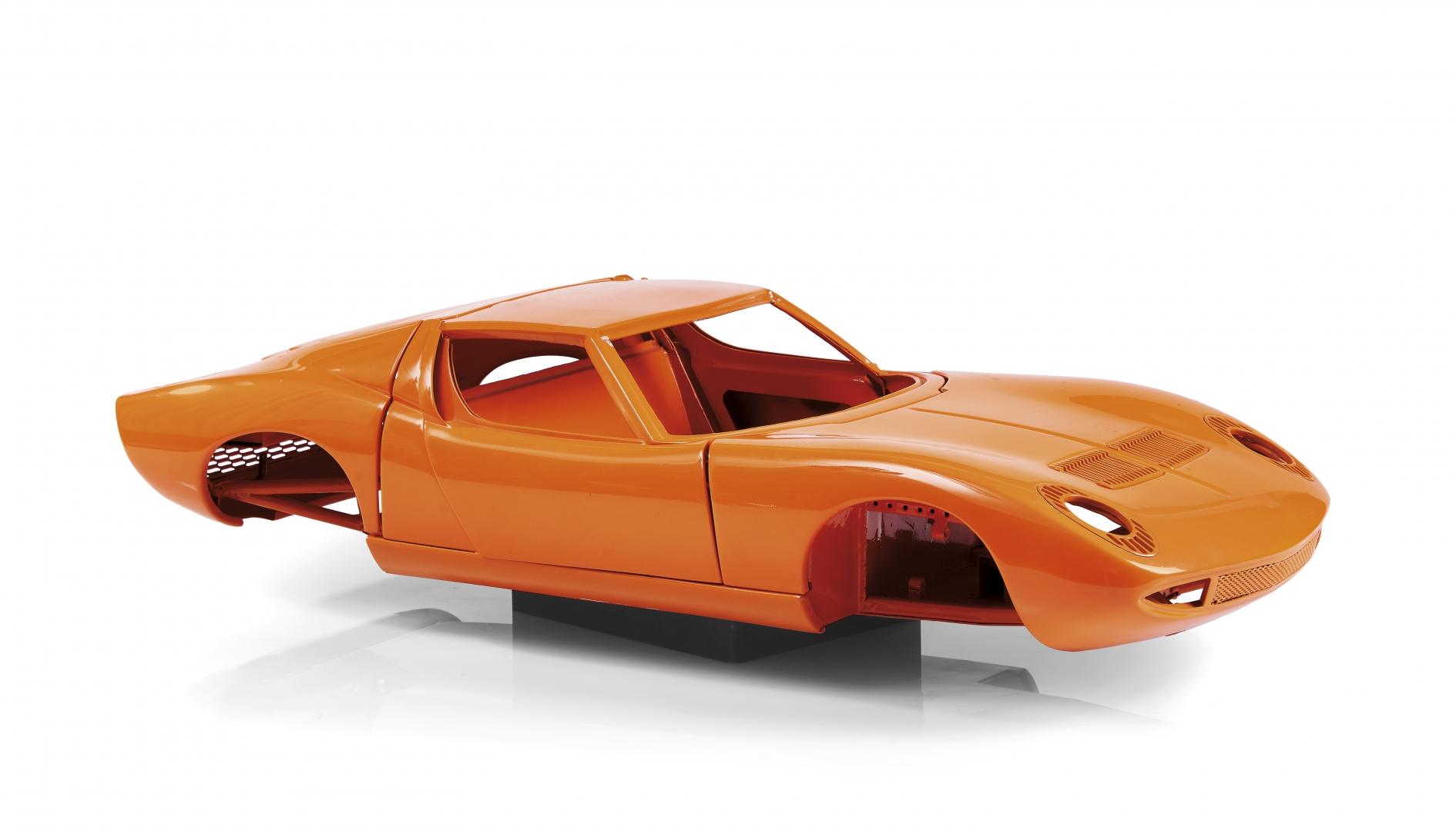 407 9 Seiten Lamborghini 350 Gt